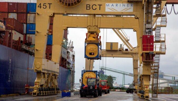 Ekonomisti par ražošanu: mūsu eksportētājiem preces rauj no rokām ārā