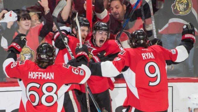 'Senators' spēlētājam Pažo četri vārti Stenlija kausa spēlē; 'Penguins' vēlreiz uzvar 'Capitals'