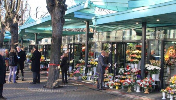 """TV3: Цветочный рынок """"Сакта"""" — временное строение"""