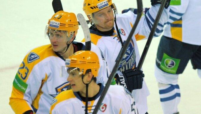 'Atlant' komandas hokejisti algu nav saņēmuši kopš decembra, paziņo Artjuhins