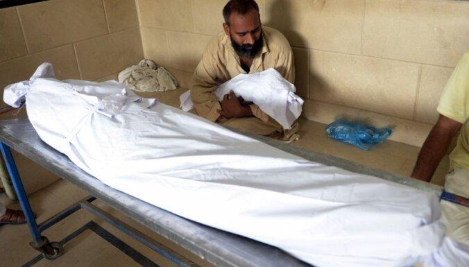 Ārkārtas situācija Pakistānā: karstuma vilnis prasījis vairāk nekā 450 cilvēku dzīvību