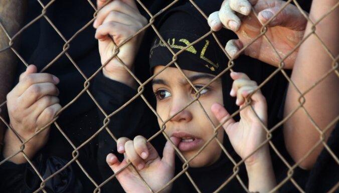 Обнародованы расценки боевиков ИГ на рабов: самые дорогие — светлоглазые девочки