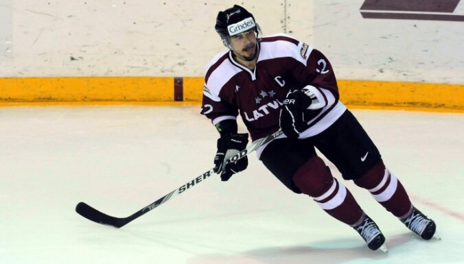 Ветеран сборной Латвии забросил первую шайбу в сезоне