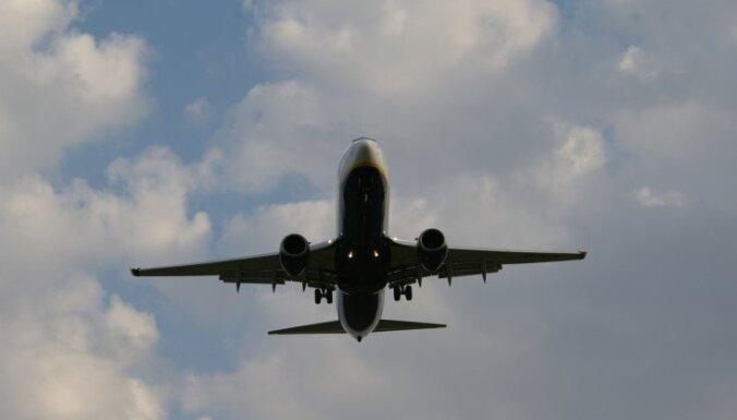 Indijā aizturēts kaujinieks par pirms 13 gadiem notikušu lidmašīnas nolaupīšanu