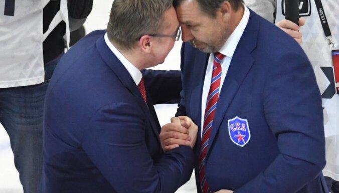 Vityaz coach Valery Belov and SKA coach Oleg Znarok