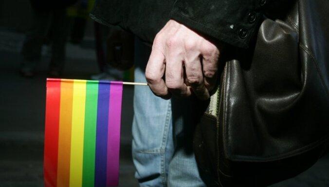 Patvēruma meklētājiem ES nebūs jāveic seksuālās orientācijas testi