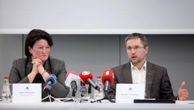 Čerņeckis vēršas tiesā, apstrīdot viņa rotāciju VID