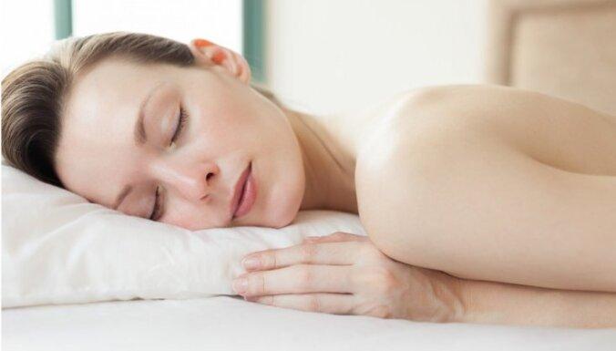 5 причин, по которым лучше всегда спать голышом