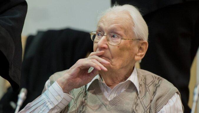 """В возрасте 96 лет умер """"Бухгалтер Освенцима"""""""