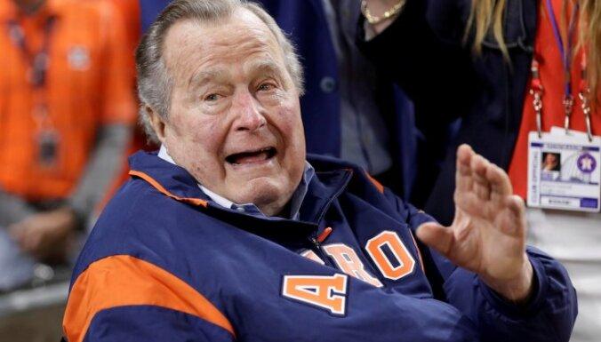 Шесть женщин обвинили Буша-старшего в публичных домогательствах