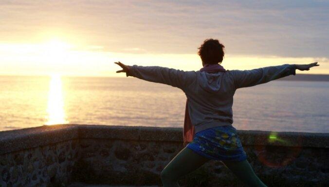16 padomi jogas cienītājām: kā mazināt stresu grūtniecības laikā
