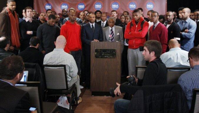 NBA spēlētāji iesniedz prasību pret klubu īpašniekiem