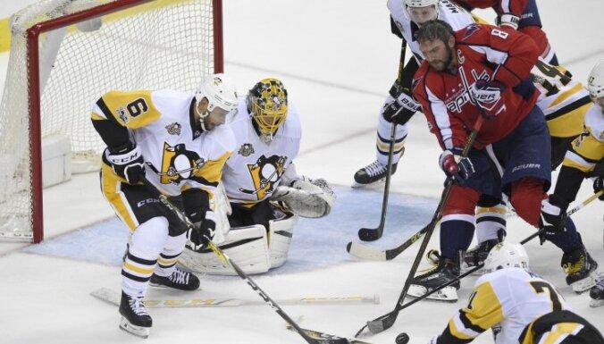 Penguins vs Capitals: Alex Ovechkin, Trevor Daley, Marc-Andre Fleury, Evgeni Malkin