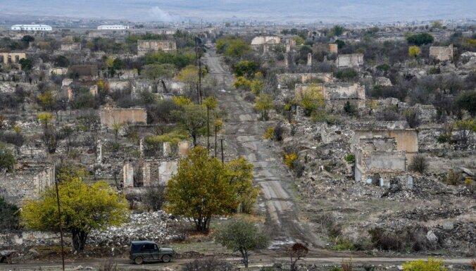 Foto: Karā atgūtā Agdama, kur reiz dzīvoja 40 000 azerbaidžāņu