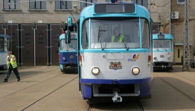 KNAB pārbauda 'Rīgas satiksmes' norakstīto tramvaju pārdošanu