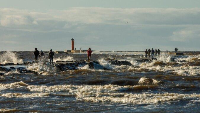 Stiprākais vējš pirmdien gaidāms Rīgā