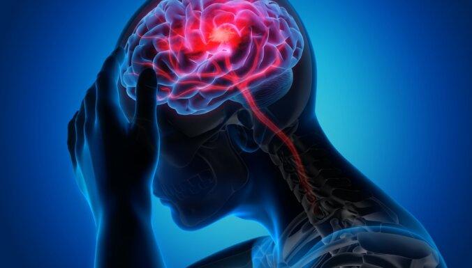 Simptomi, kurus jāprot atpazīt – kas var liecināt par insultu
