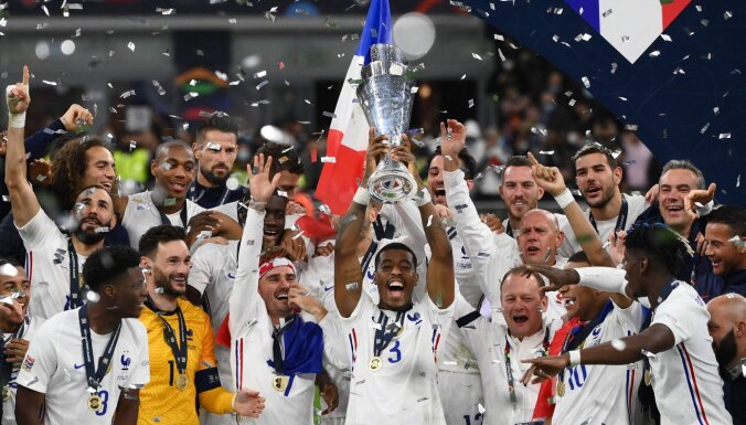Бензема и Мбаппе принесли Франции еще один футбольный трофей