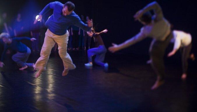 Sākusies laikmetīgās dejas horeogrāfu diplomdarbu skate