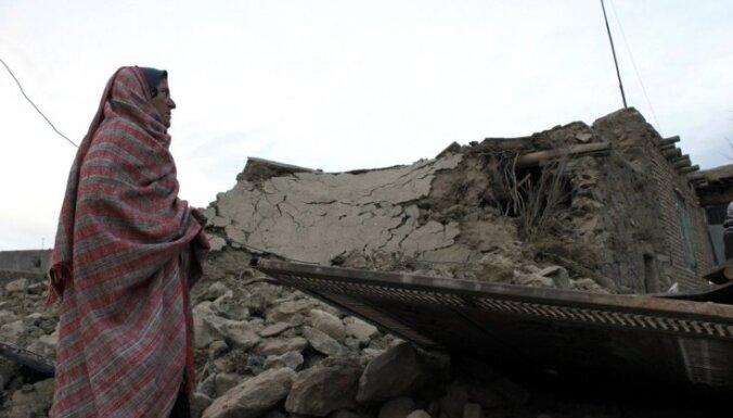Irānas austrumus satricina zemestrīce, ir cietušie un bojāgājušie