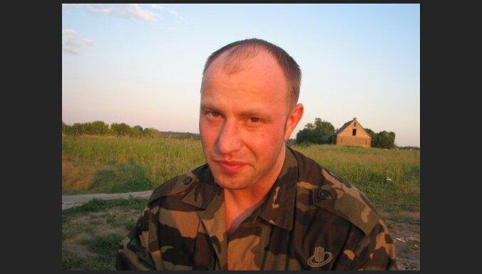 Bijušais 'alfietis' Koņuhovs Jēkabpils laupīšanā izmantojis noziedznieka aizturēšanā iegūtu ieroci