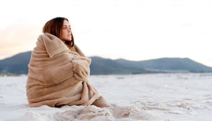 Naktī uz ceturtdienu gaisa temperatūra vietām pazemināsies līdz +6 grādiem