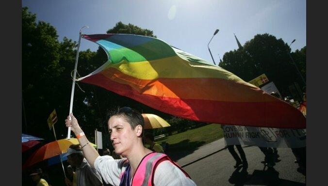 LGBT: ES parakstīs sadarbības līgumu ar valstīm, kurās vajā homoseksuāļus