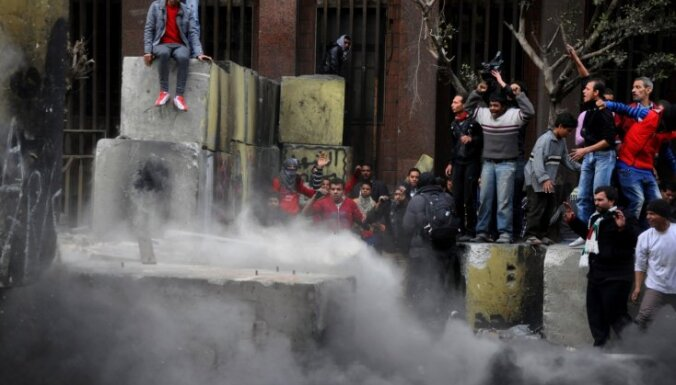 Portsaīdā izraisās jaunas policijas un protestētāju sadursmes