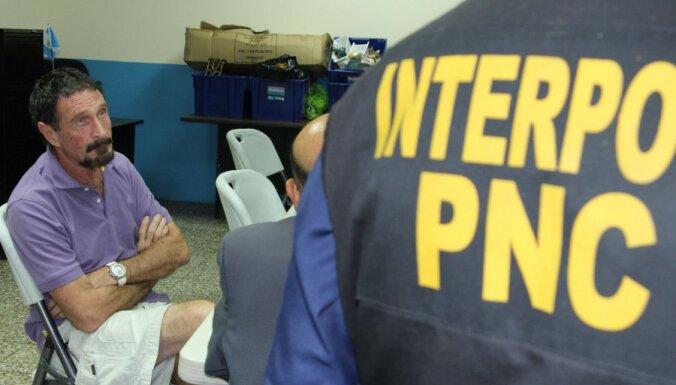 Antivīrusu programmatūras firmas 'McAfee' dibinātājs aizturēts Gvatemalā