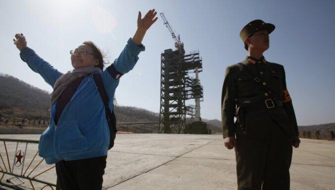 Aviokompānijas maina plānus Ziemeļkorejas raķetes dēļ