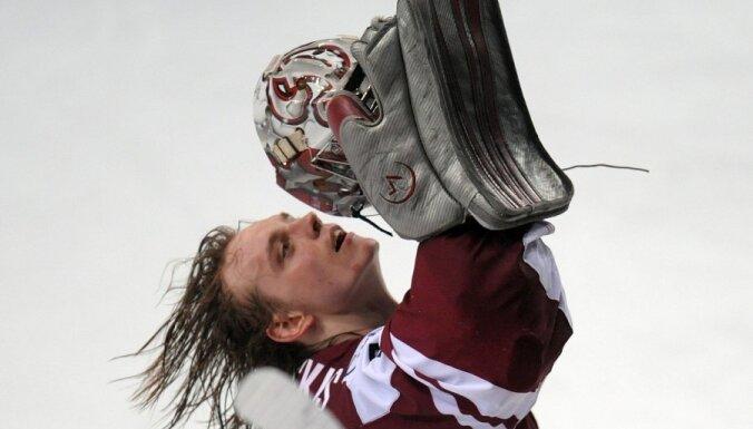 Gudļevskis palīdz 'Lightning' komandai uzvarēt jauno talantu mačā