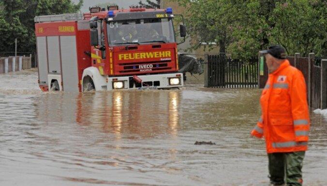Plūdi Centrāleiropā prasījuši četras dzīvības