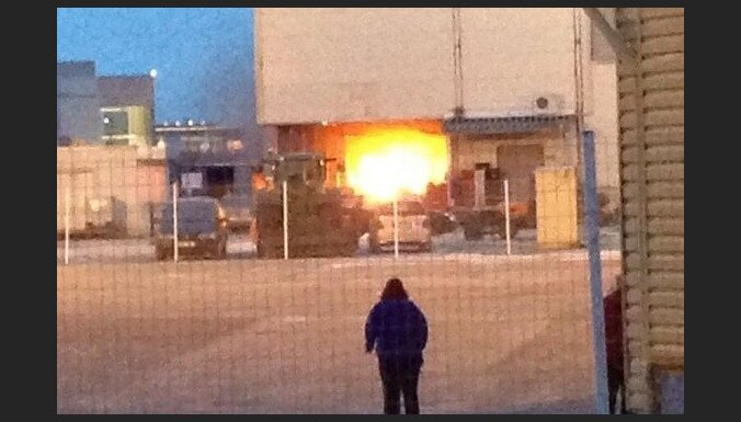 Spice: на территории складов возник пожар