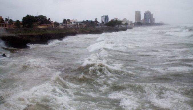 """Ураган """"Патрисия"""" ударил по Мексике: страшные опасения не подтверждаются"""
