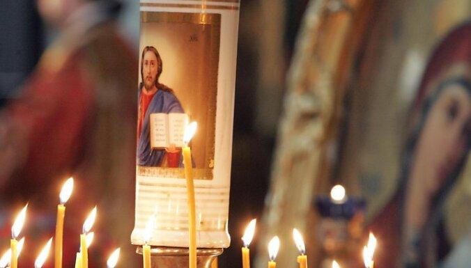 pareizticiba kristietiba ticiba baznica svece