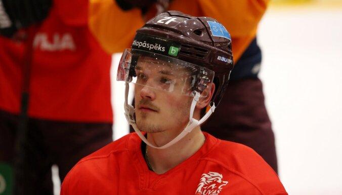 Игроки НХЛ Балцерс и Мерзликин не помогут сборной Латвии на чемпионате мира в Риге