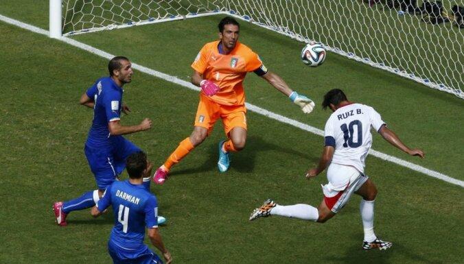 Костариканцы сенсационно обыгрывают Италию и отправляют Англию домой