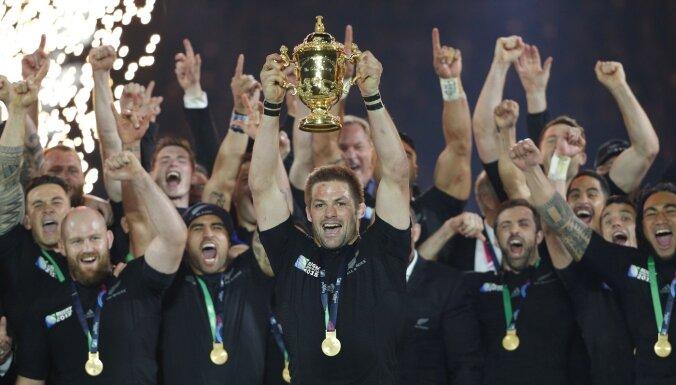 Vai 'All Blacks' veiks jaunu ierakstu regbija vēsturē? Japānā sākas prestižais Pasaules kausa finālturnīrs