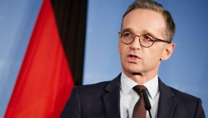 """Министр иностранных дел ФРГ назвал отношения с США """"сложными"""""""