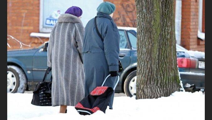 Пенсионерам в среднем вернут по 172,50 лата