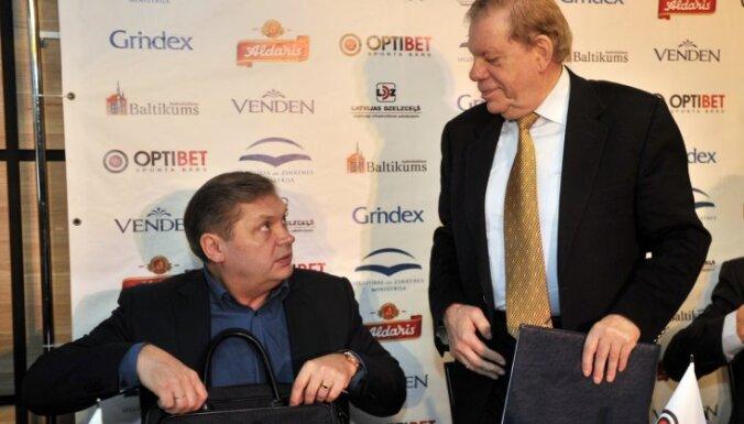 Липман критикует Береснева и ведет переговоры с бывшим тренером из НХЛ