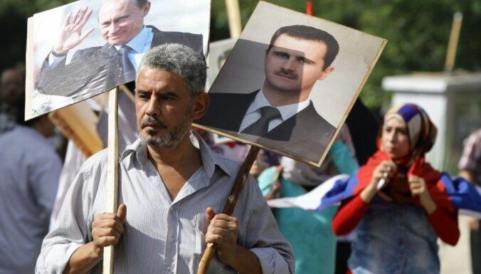 Asadam nav obligāti jāpaliek Sīrijas prezidenta amatā, paziņo Krievija