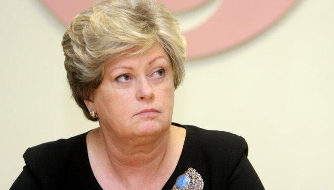 Amatu atstājusi ilggadējā Vidzemes slimnīcas vadītāja Liepa; dome pārmet Iepirkumu likuma neievērošanu