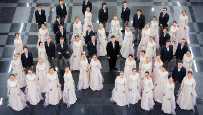 Jauniešu koris 'Kamēr…' triumfē starptautiskā koru konkursā Japānā
