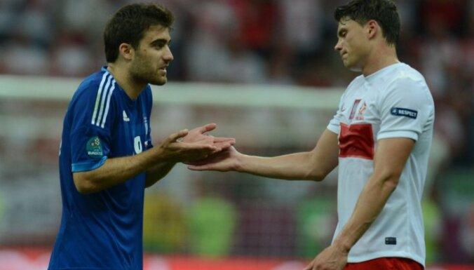 В первом матче ЕВРО поляки и греки сыграли вничью