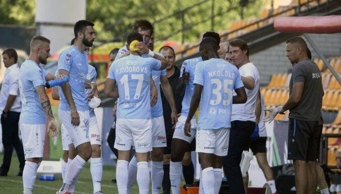 'Riga' futbolisti sasit trīs bumbas 'Jelgavas' vārtos
