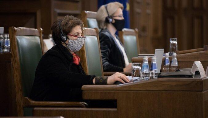 'Kārtīgi pārstrādāta' – Saeima otrajā lasījumā pieņem augstskolu reformu