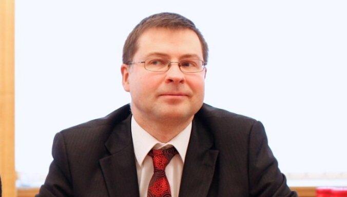 Эксперт: Берзиньш не доверит формировать следующее правительство Домбровскису
