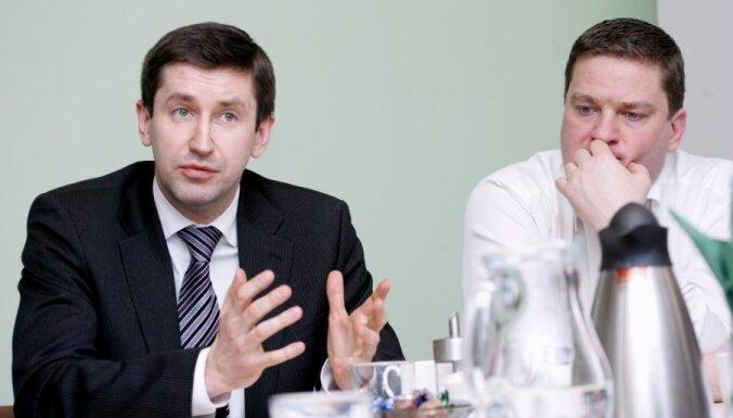 Домбровский: если тронут наших министров, коалиция рухнет