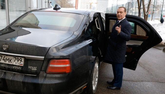 """Медведев заявил, что через 6 лет в России """"жить станет гораздо лучше"""""""